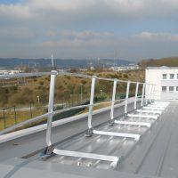 protezione-collettiva-vertic-sicurezza-in-altezza-parapetto-su-cassone-acciaio